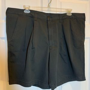 Dockers Pleated Shorts Standard Length Waist 44